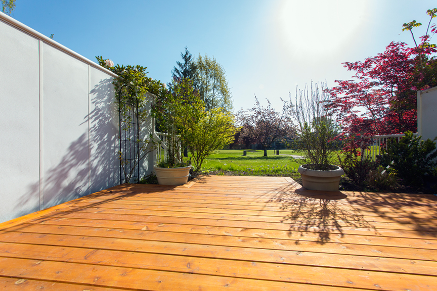 Blog citywide sundecks for Cedar decks pros and cons