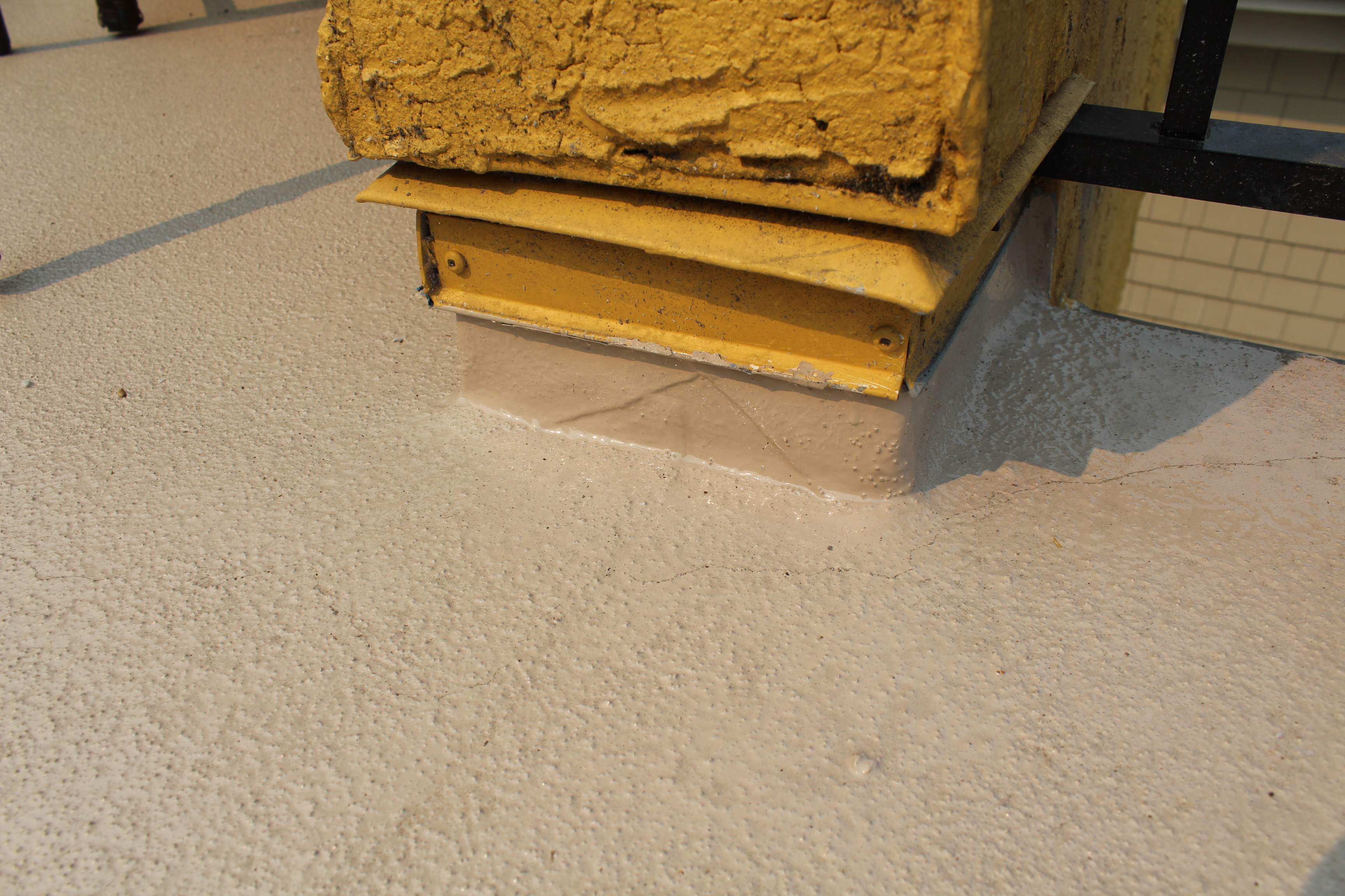 Liquid Decking With Texture Over Vinyl