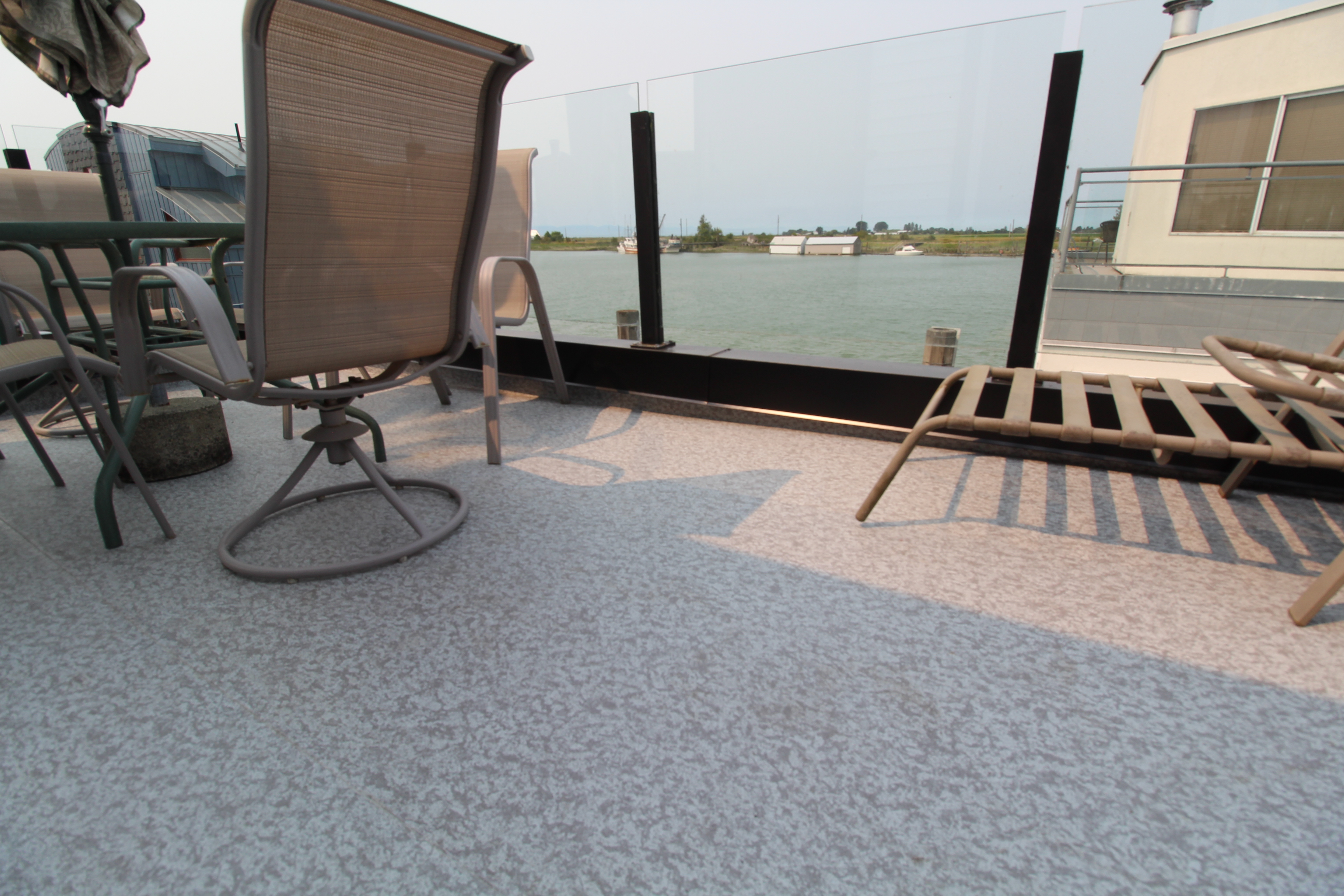 Duradek On Rooftop Houseboat Deck By Citywide Sundecks